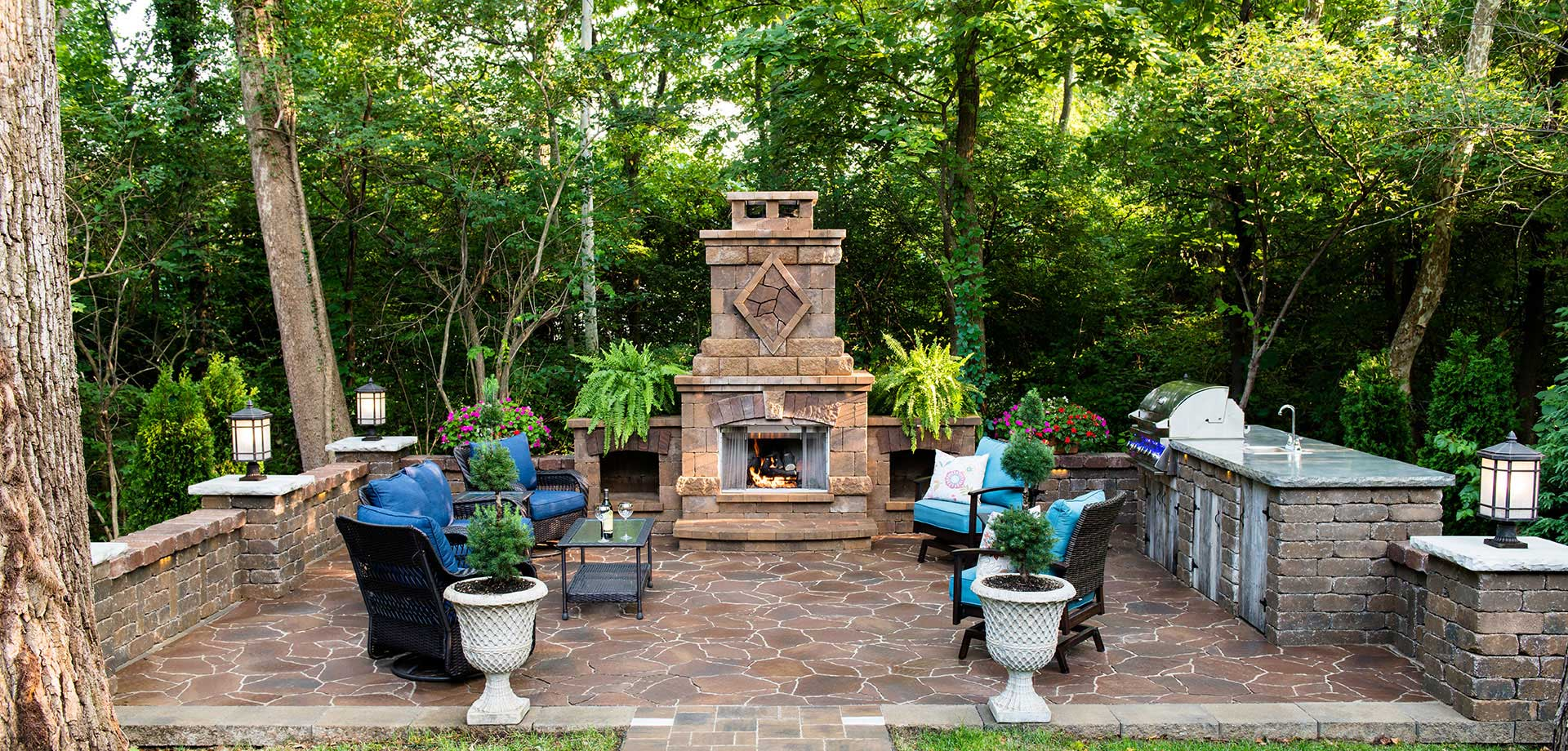 St Louis Select Custom Outdoor Fireplace